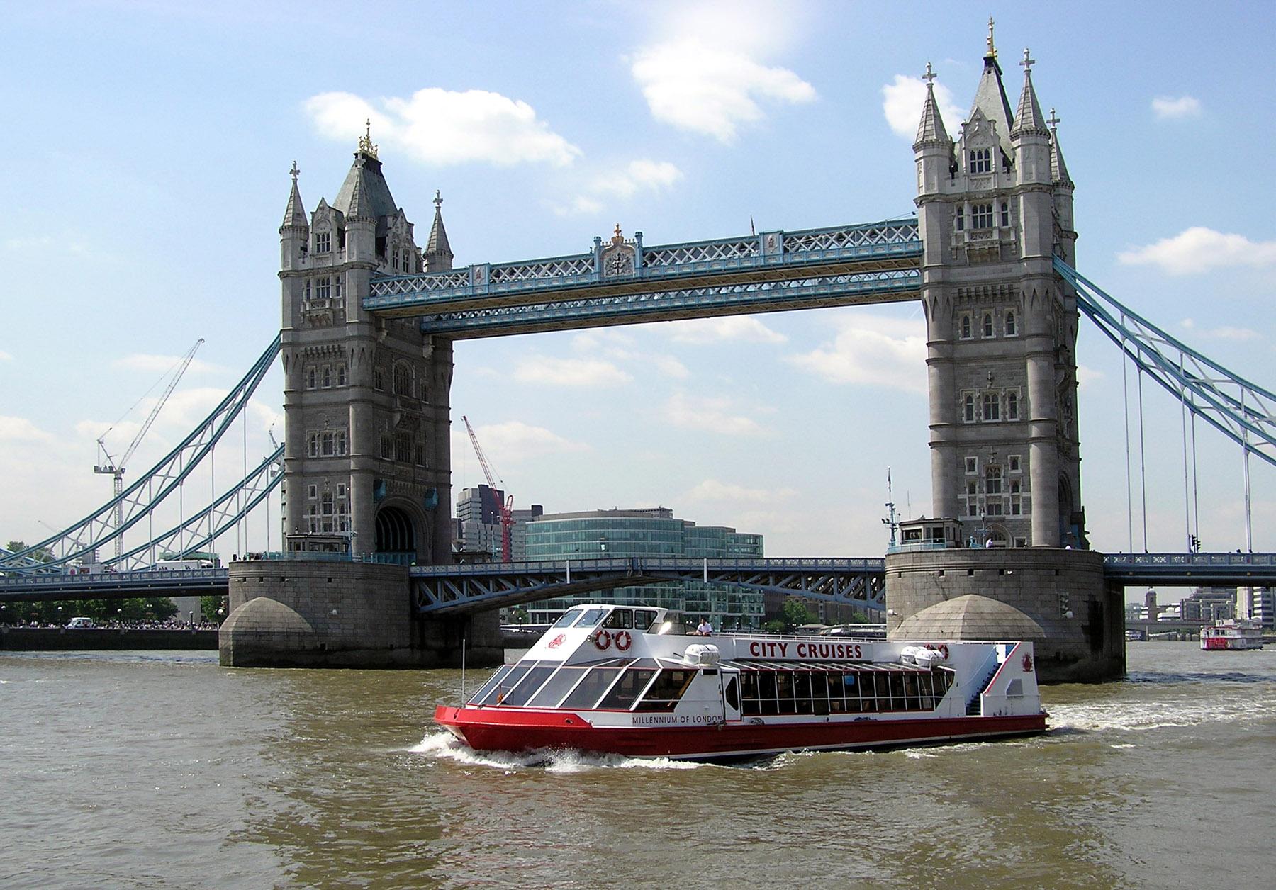 Greenwich River Cruise